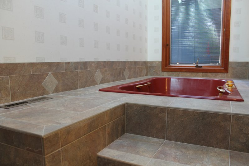 Porcelain tile master bathroom remodel in Fort Collins, Colorado _1606