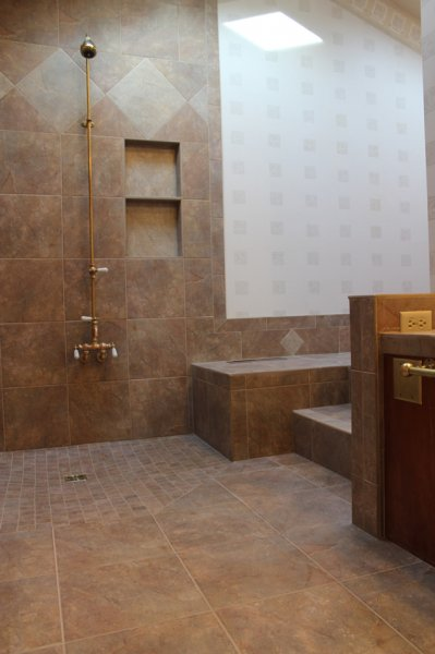 Porcelain tile master bathroom remodel in Fort Collins, Colorado _1610