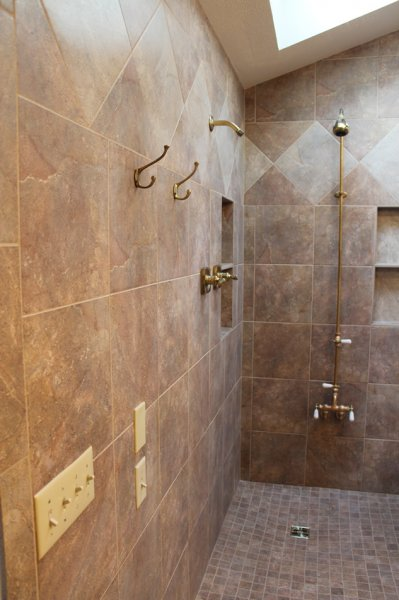 Porcelain tile master bathroom remodel in Fort Collins, Colorado _1614