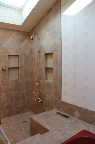 Porcelain tile master bathroom remodel in Fort Collins, Colorado_1698