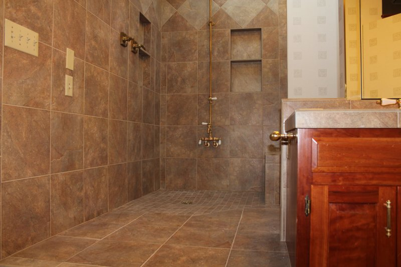 Porcelain tile master bathroom remodel in Fort Collins, Colorado _1623