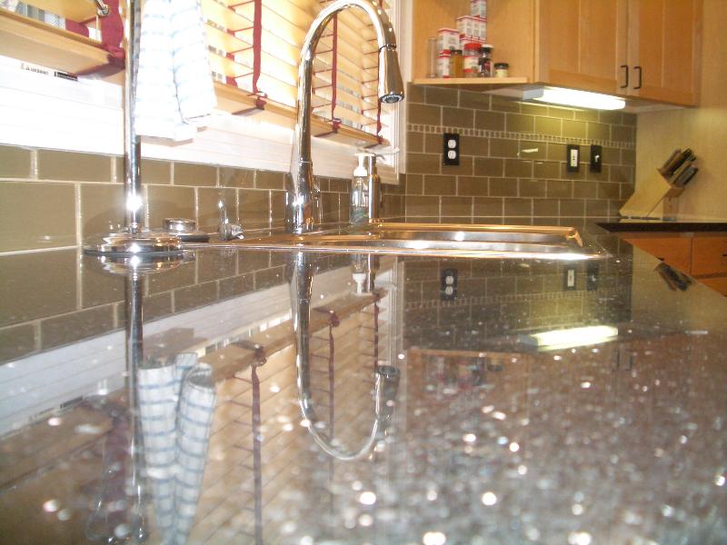 khaki 3x6 glass subway tile backsplash - Subway Glass Tiles For Kitchen