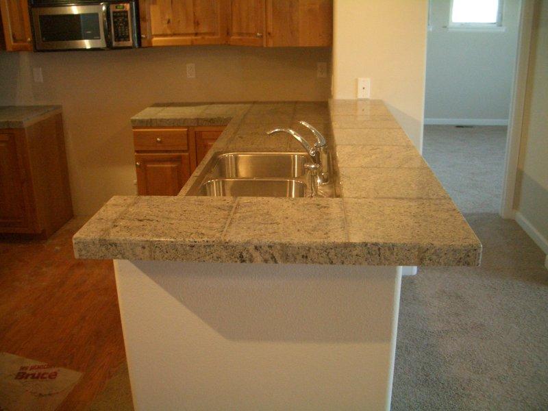 Granite Tile Counter : Granite Tile Kitchen Countertop and Bar