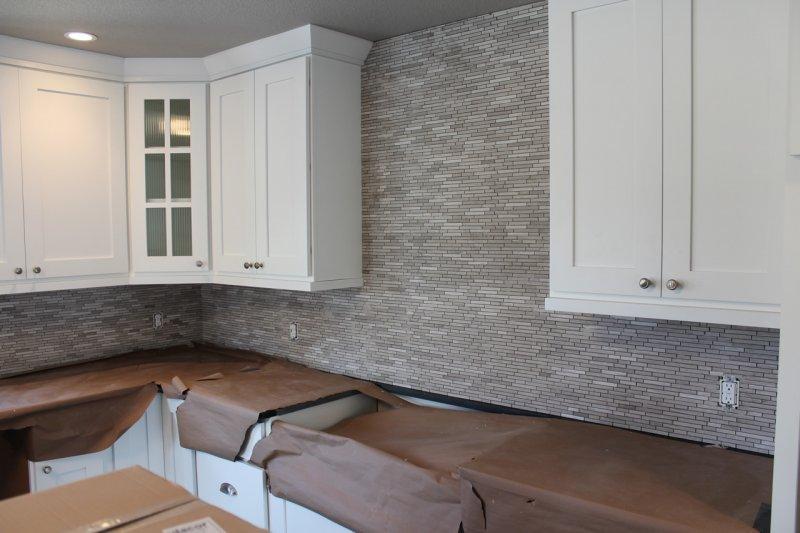 Limestone mosaic kitchen backsplash in Fort Collins_1931