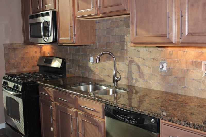 Porcelain subway kitchen backsplash in Fort Collins_1513