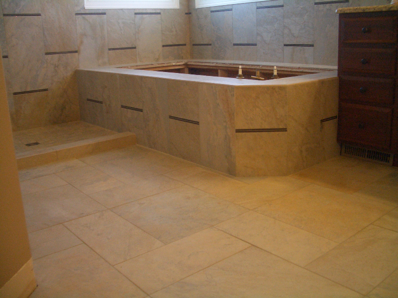 Porcelain And Gl Master Bathroom Tub Deck