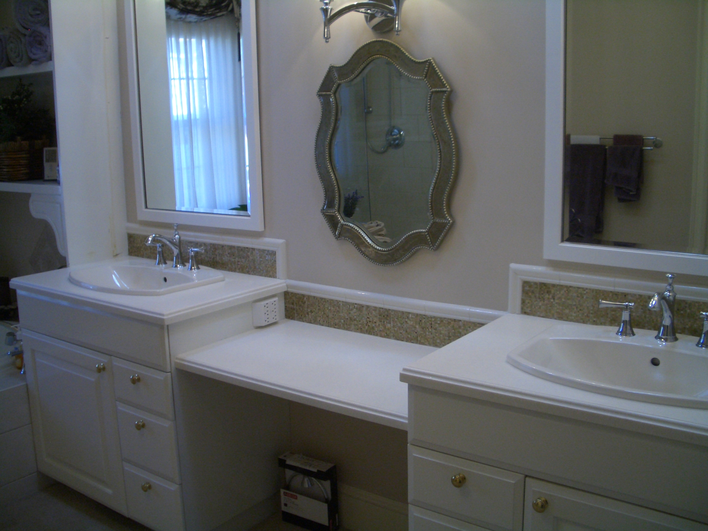 Glass vanity backsplash in fort collins for Bathroom backsplash ideas