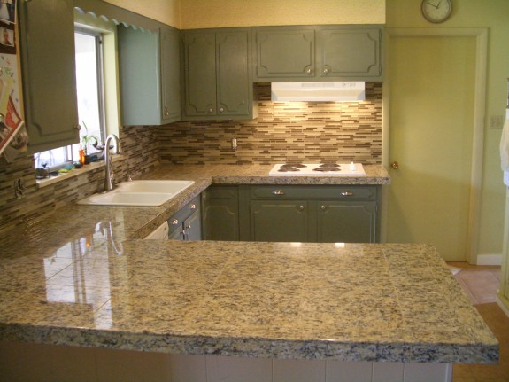 Beige stack glass tile backsplash